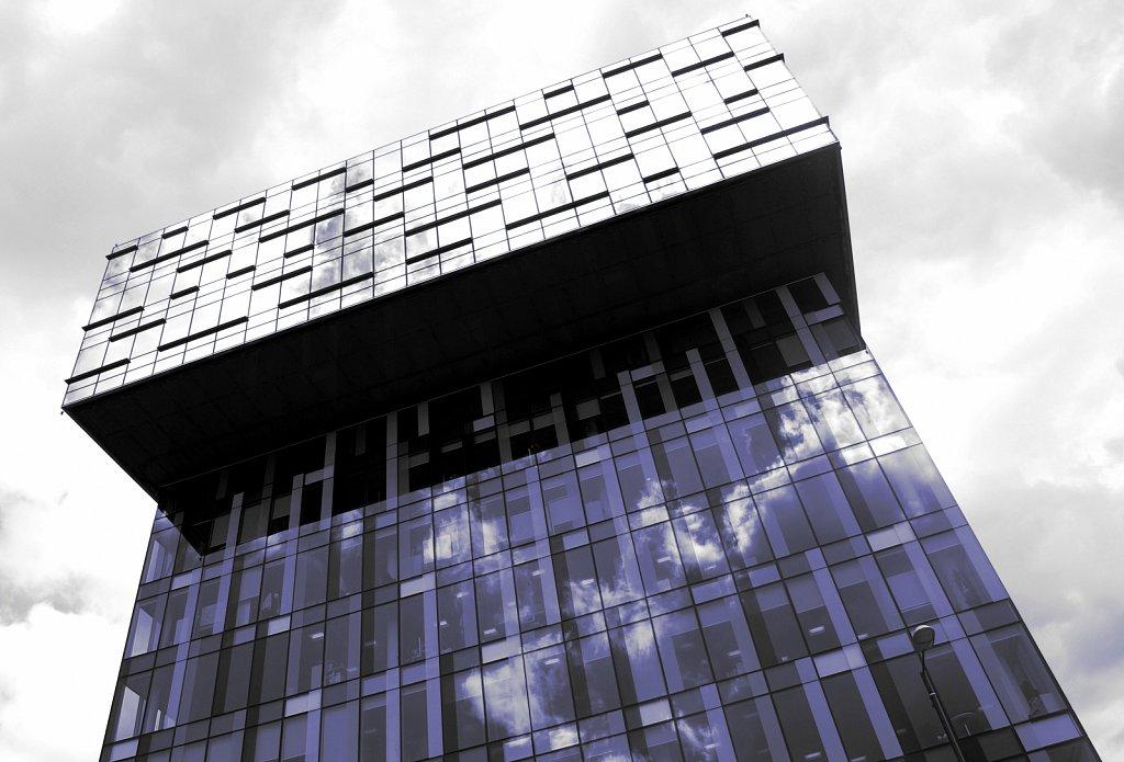 Urban-London-blue-black-colour-6.jpg