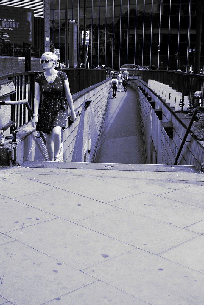 Urban-London-blue-black-colour-27.jpg