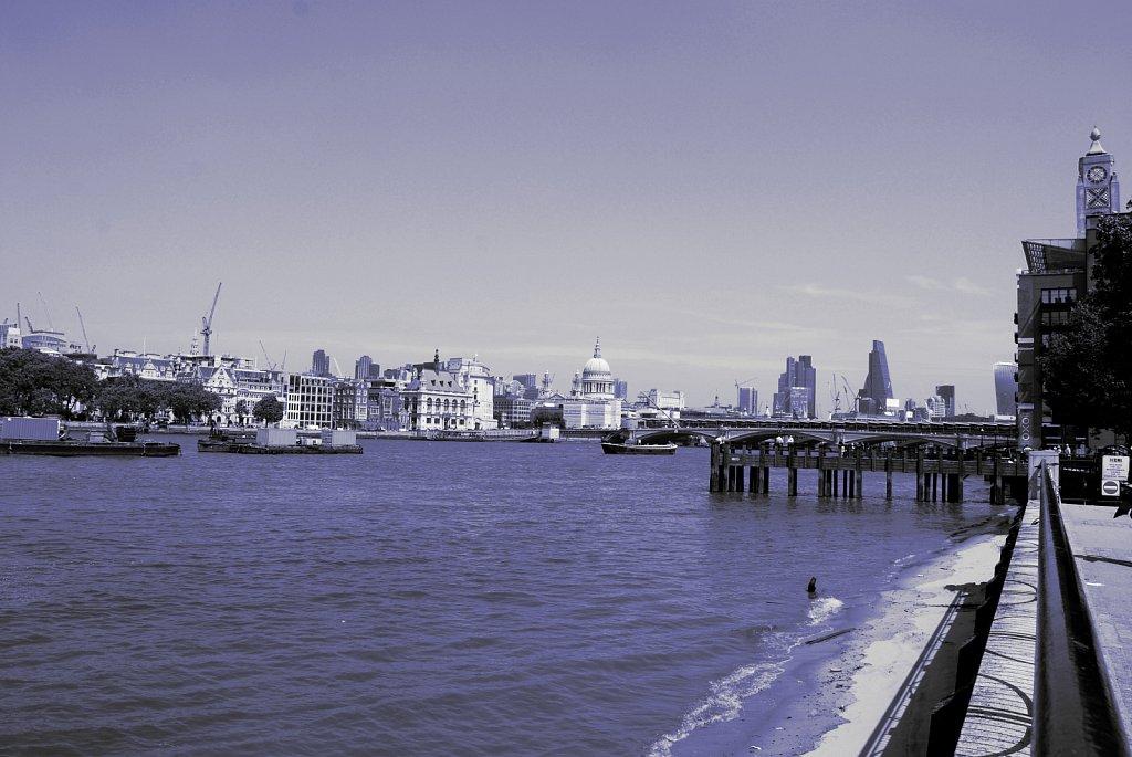 Urban-London-blue-black-colour-46.jpg