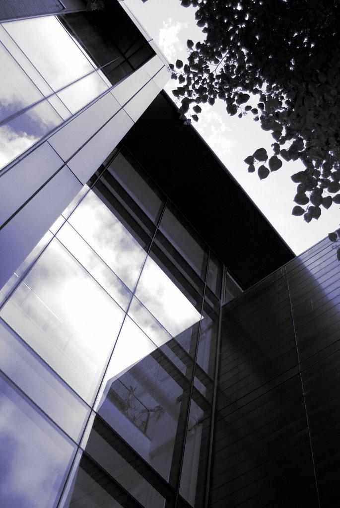 Urban-London-blue-black-colour-75.jpg