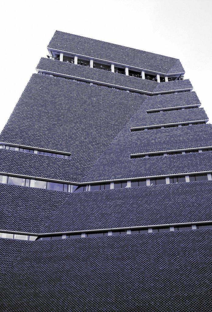 Urban-London-blue-black-colour-76.jpg
