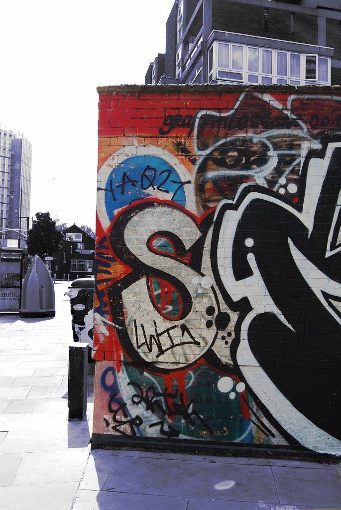 Urban-London-blue-black-colour-91.jpg