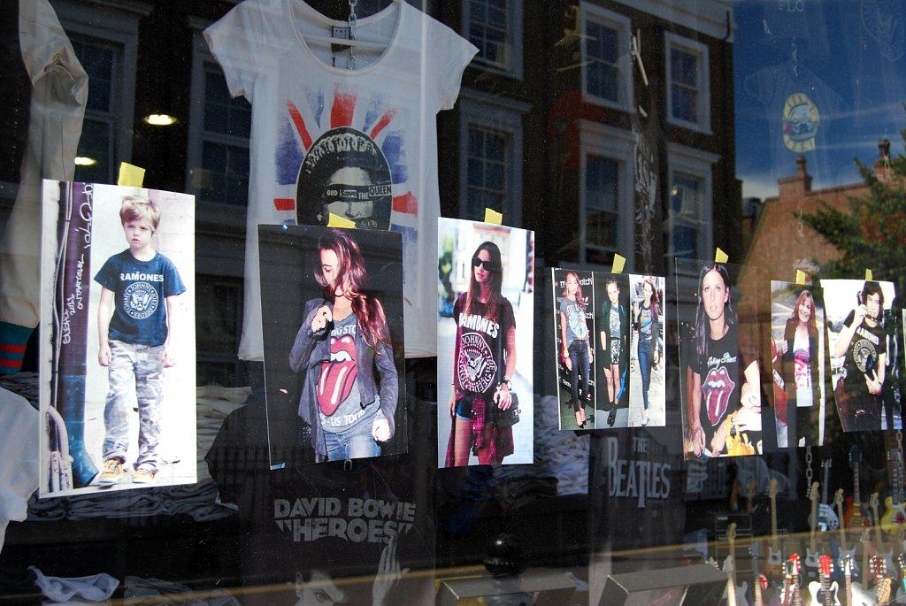 In-a-window-II-London-3.jpg