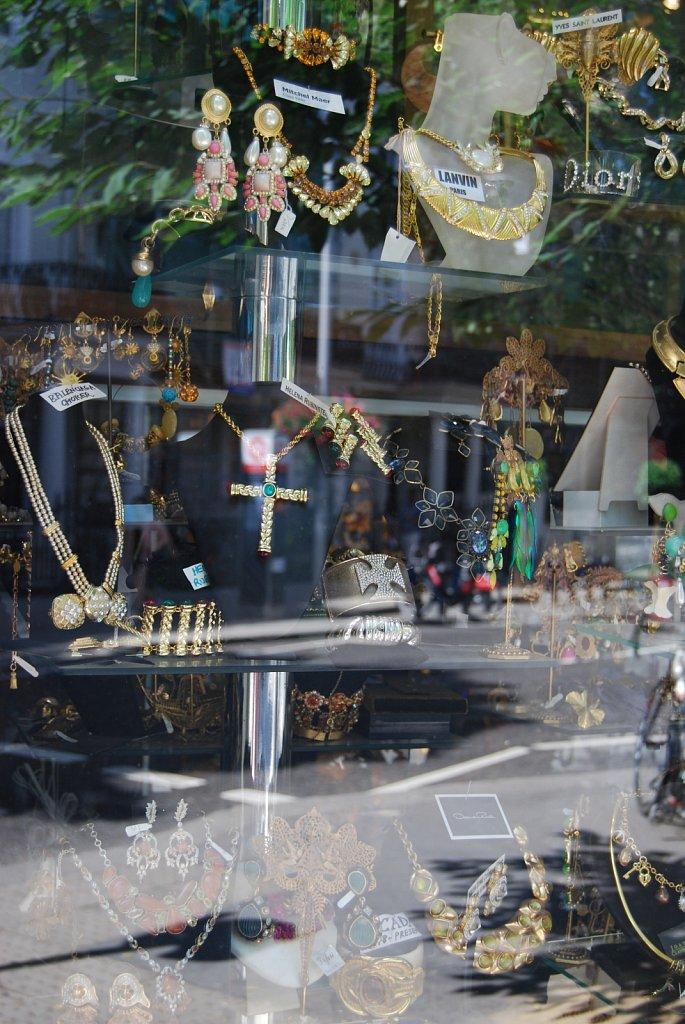 In-a-window-II-London-9.jpg