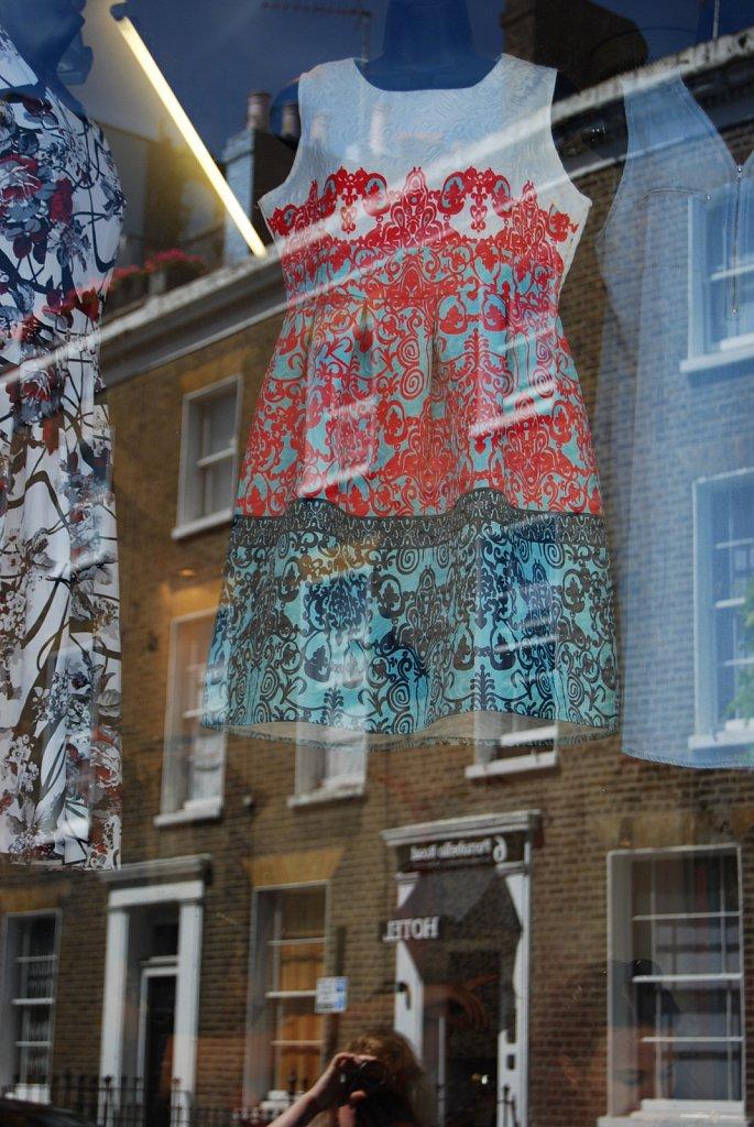 In-a-window-II-London-18.jpg