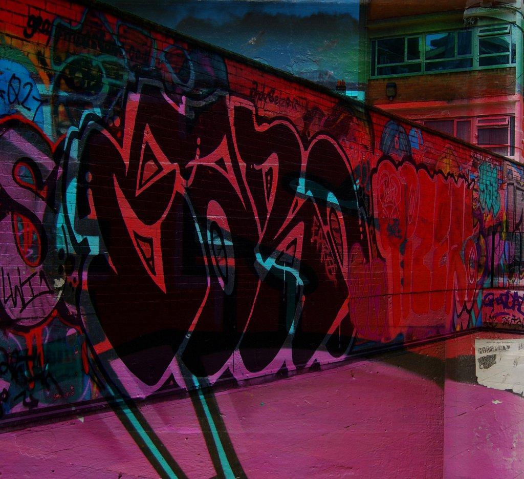 London-DE-Grafitti-2.jpg
