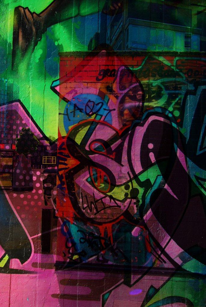 London-DE-Grafitti-4.jpg
